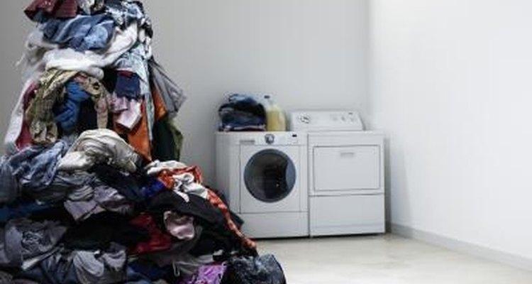 La lavadora de Whirlpool Duet es de carga frontal.