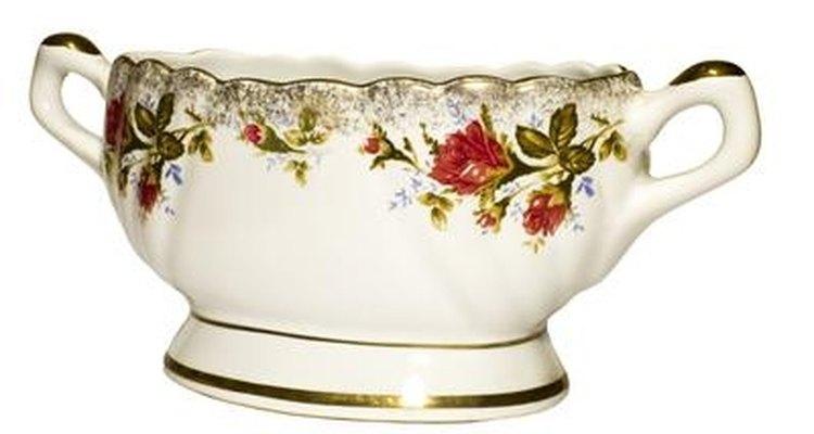 Busca en la parte inferior las claves para conocer el origen de tu cerámica.