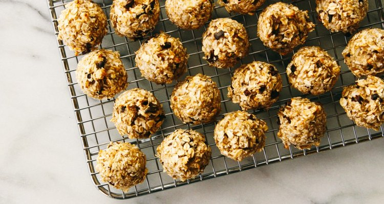 Coconut breakfast cookies with cacao nibs