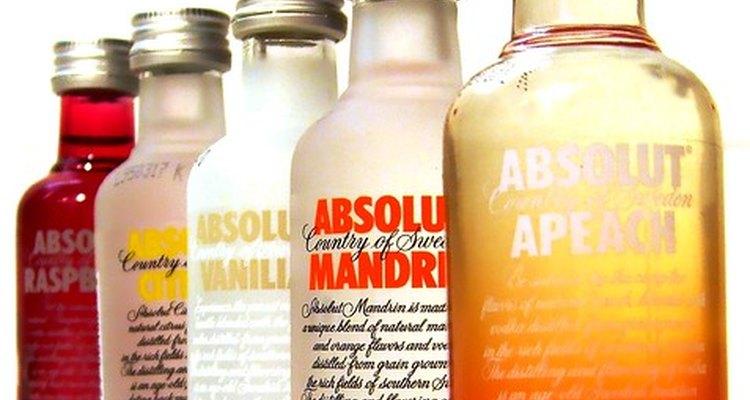 Debes evitar el alcohol hasta que sepas como te afectan las inyecciones de bótox.