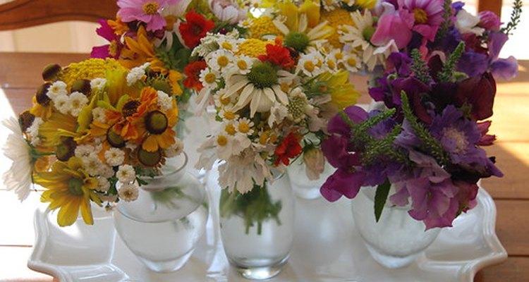 Las flores frescas pueden durar días o hasta semanas dependiendo de unos pocos factores.