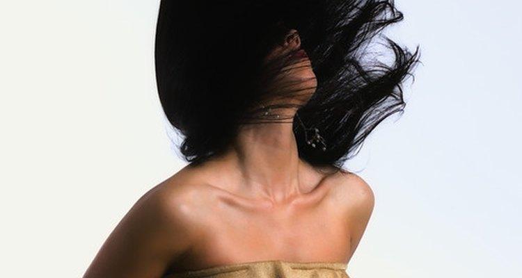 Un cabello saludable necesita de aceites.