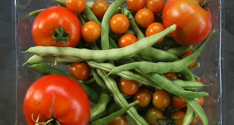 Las judías verdes frescas son especialmente deliciosas cuando se combinan con productos de verano.