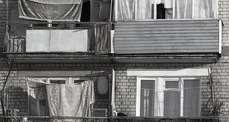 El Estado británico ofrece una serie de opciones de asistencia social para ayudar a los pobres.