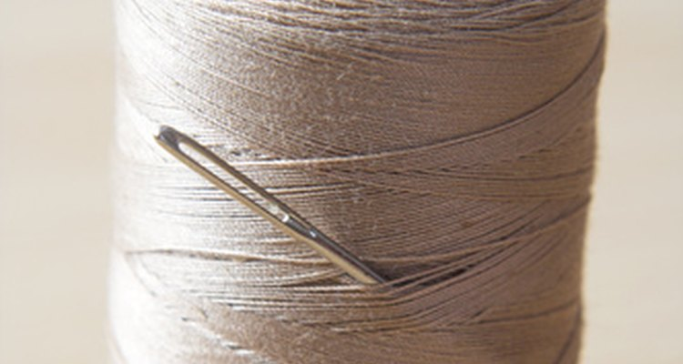 Dê um detalhe caseiro com apenas uma agulha e linha