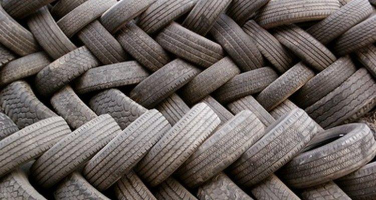 Você pode usar os pneus velhos de várias maneiras