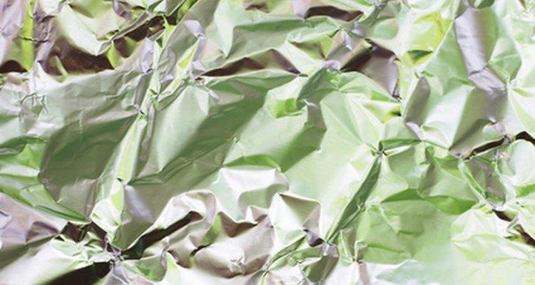 O papel alumínio pode ser usado para fazer um cachimbo