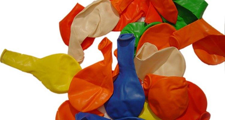 Los globos pueden ser tanto para bodas y cumpleaños.