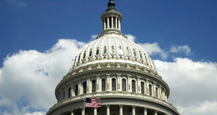 El Servicio Secreto de EE.UU. y la Comisión Federal de Comercio investigan el fraude de tarjetas de crédito.