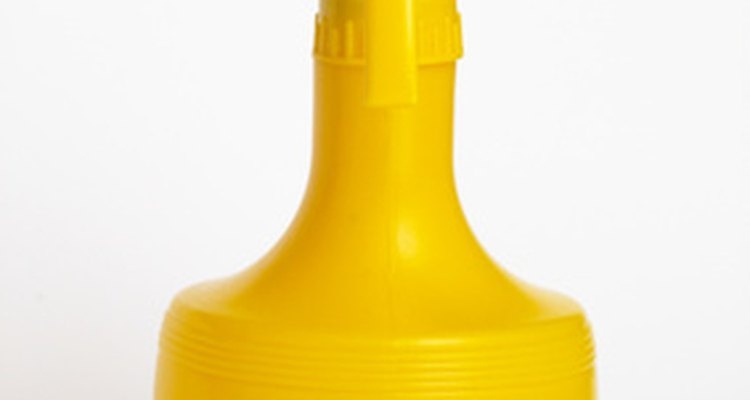 Vinegar spray also cleans car windows and surfaces not stained with mould.
