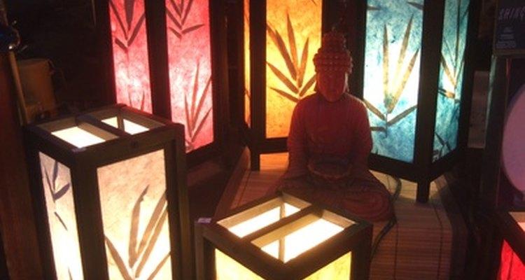 Crea un ambiente hermoso para meditar, que refleje y rejuvenezca tu espíritu.
