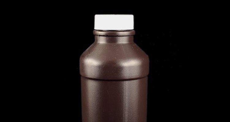O peróxido de hidrogênio é um ingrediente do luminol