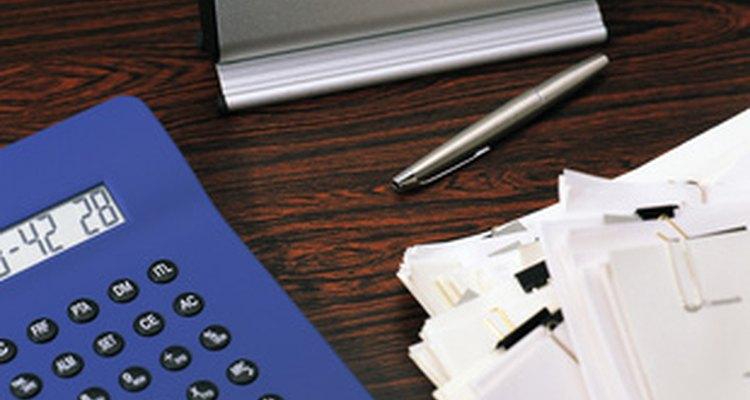 Dedica tiempo todos los días para organizar tu escritorio.