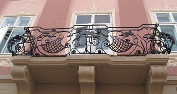 Aprende sobre los tipos de balcones al aire libre que existen.