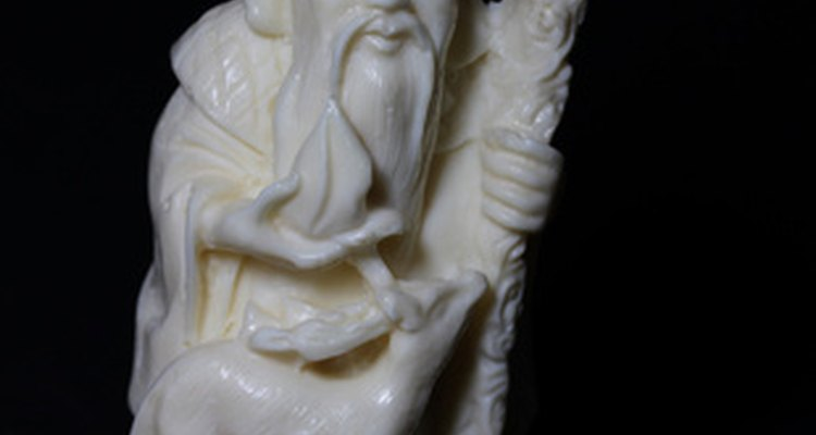 Jaoanese ivory figurines are known for their beautiful detail.