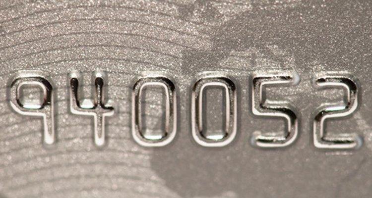 Existem maneiras simples de descobrir se seu cartão de débito foi ativado