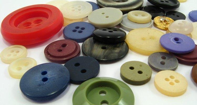 Botões podem ser encontrados em vários tamanhos e cores