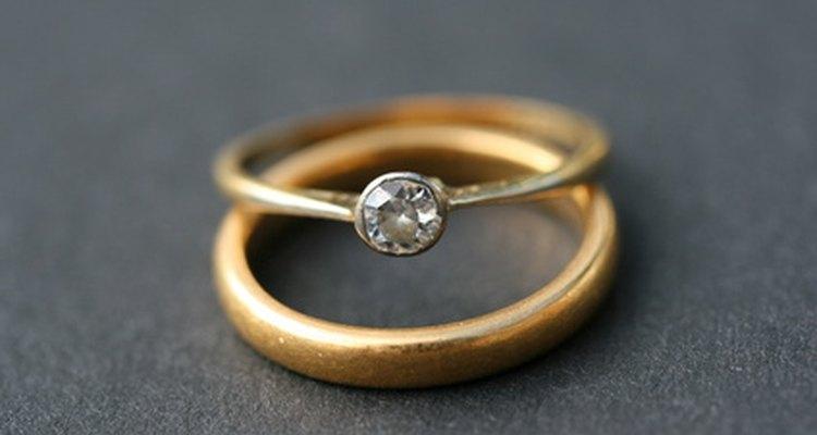 Um joia limpa tem menos probabilidade de manchar