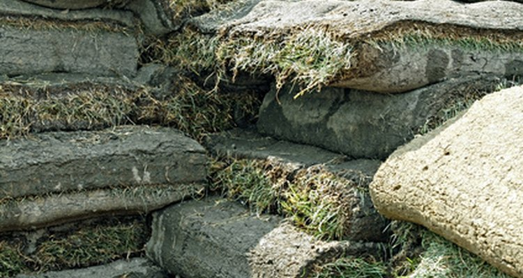 Use sod to create an authentic medieval turf bench.