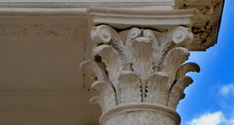 Corinthian columns have acanthus leaves in addition to the volutes.