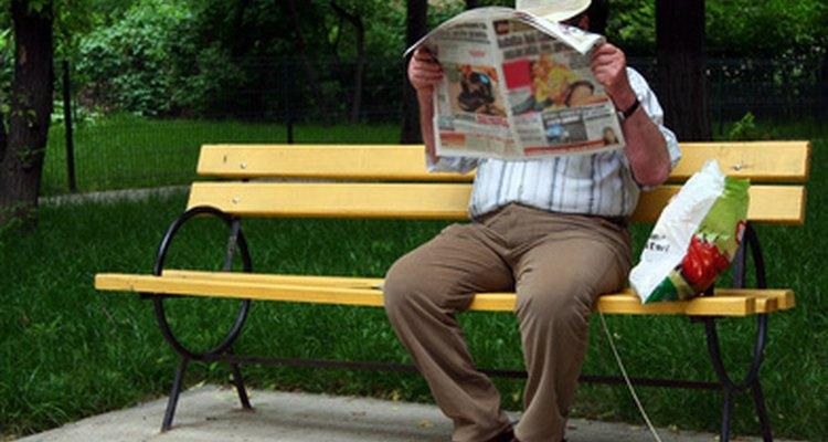 Muchos periódicos pequeños dependen de los lectores que envían artículos de noticias.