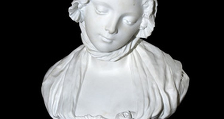 It is possible to repair a marble statue yourself.