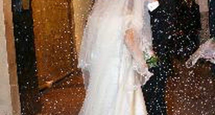 Cómo vestir para una boda casual.