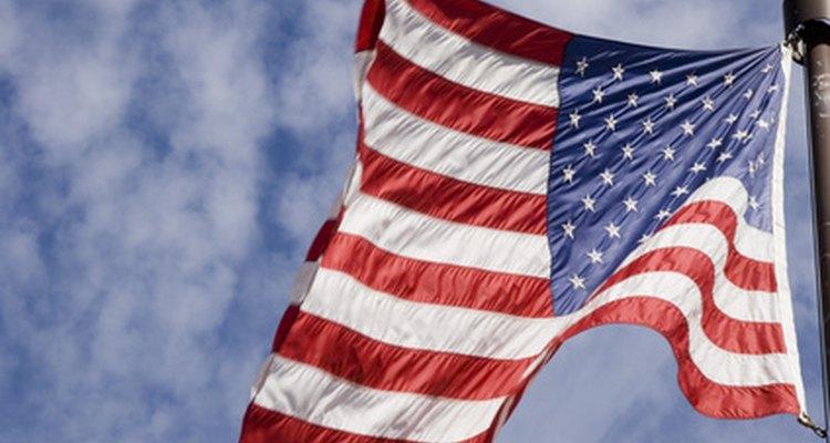 Un permiso laboral de Estados Unidos permite a un foráneo trabajar en ese país en carácter de no-inmigrante.