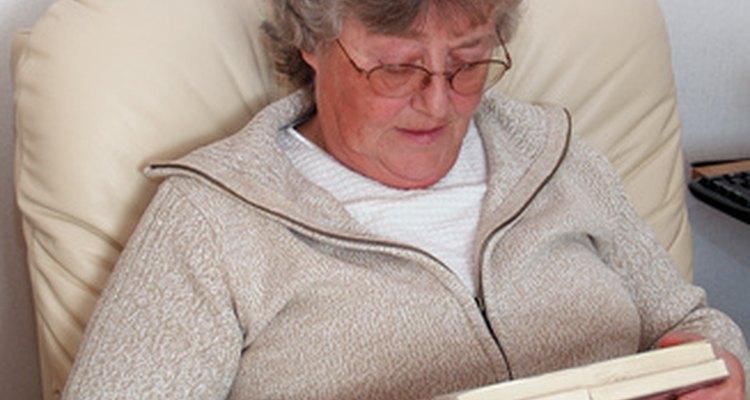 A DMRI afeta a visão central necessária para a leitura