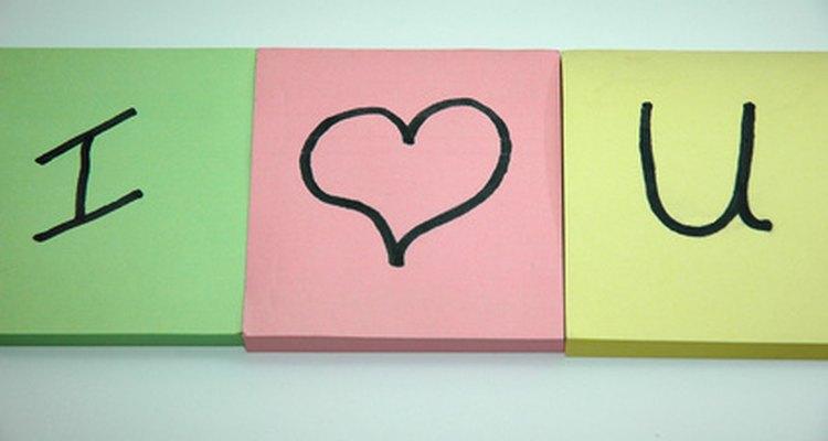 Escribe 365 notas acerca de por qué amas a tu novio.
