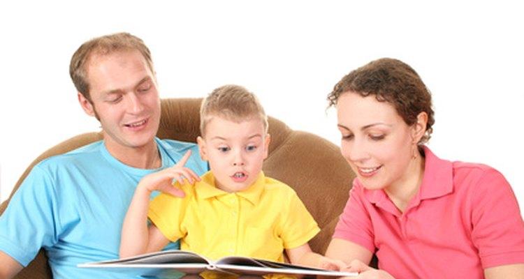 Pasar tiempo juntos abre las líneas de comunicación con tu hijo.