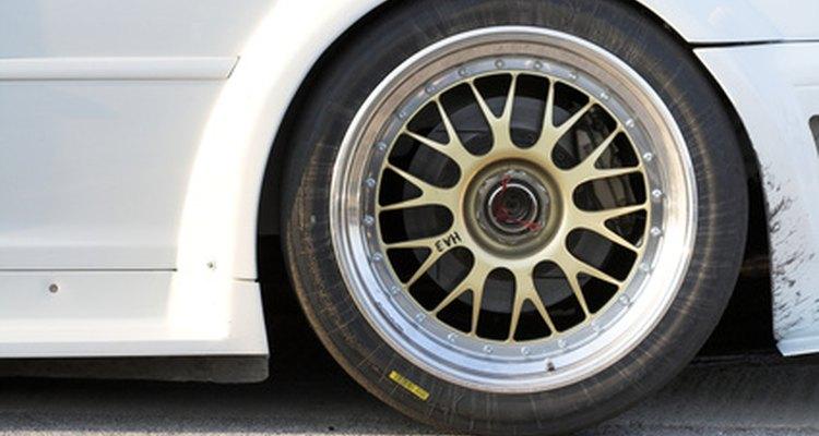 As rodas de alumínio demandam limpezas periódicas