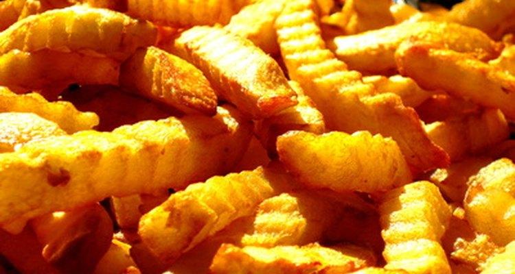 Batata frita a palito com forma de zig-zag