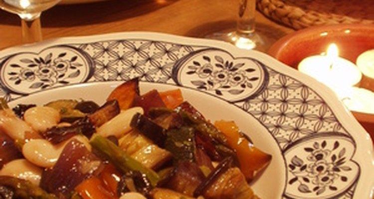 A carne assada ressecada ainda pode se tornar uma refeição deliciosa