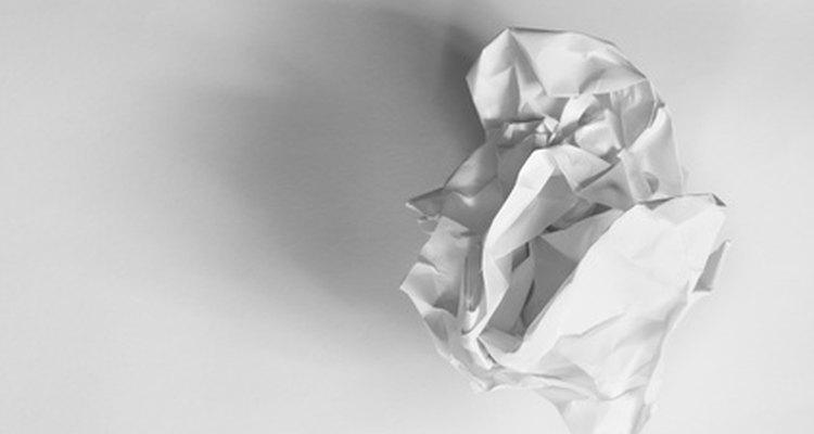 As montanhas de papel podem ser criadas para ensinar geografia às crianças