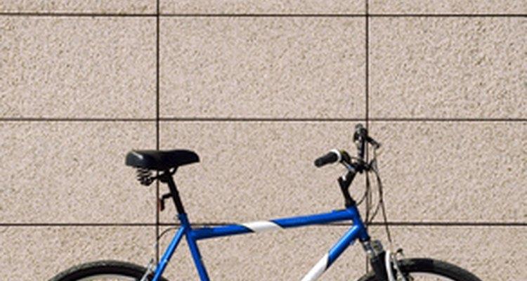 Altus derailleurs are installed on mountain bikes.