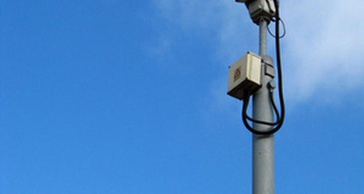 Monitore suas imagens da câmera de segurança em uma televisão