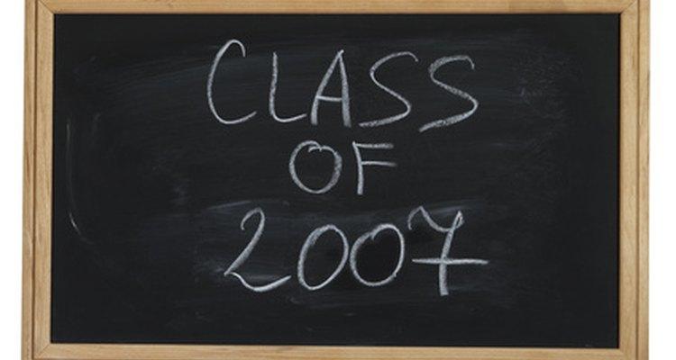 Nunca es demasiado tarde para volverte a reunir con tus compañeros de graduación.