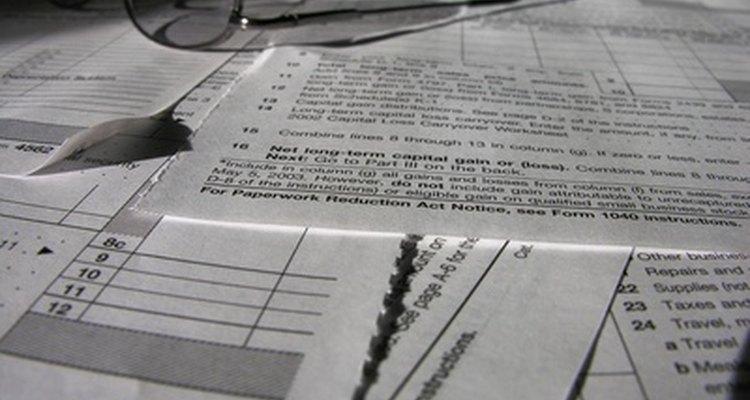 Revisa todos los términos y condiciones del contrato.