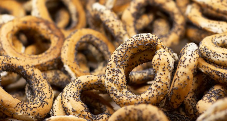 As sementes de papoula podem ser utilizadas em pães
