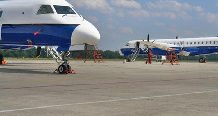 Las escuelas de aviación sólo requieren ganas de aprender a volar un avión.
