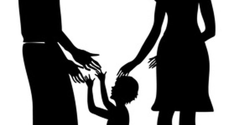 """Los niños cuyos padres han adoptado unos roles rígidos de género se identificarán más fuertemente con su función de """"niño"""" o """"niña""""."""