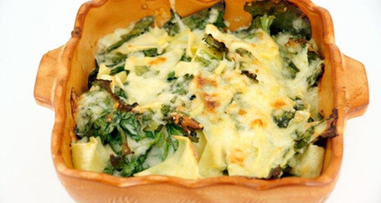 El queso ricotta es un ingrediente común en la lasagna.