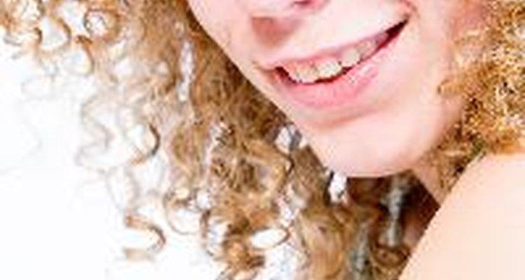 Encuentra el mejor corte para tu cabello rizado.