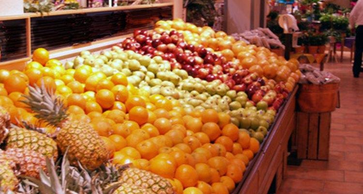 Dirígete al pasillo de las verduras de tu supermercado para hacer esta artesanía.