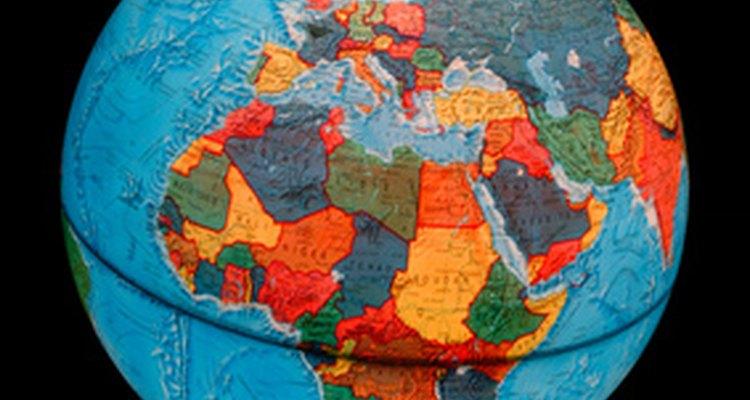 Os globos são arredondados como a Terra