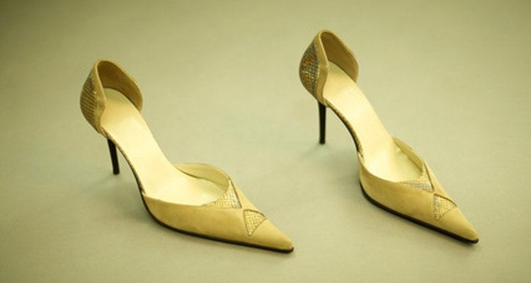 Los zapatos de tacón alto ya no son exclusivos de las mujeres.