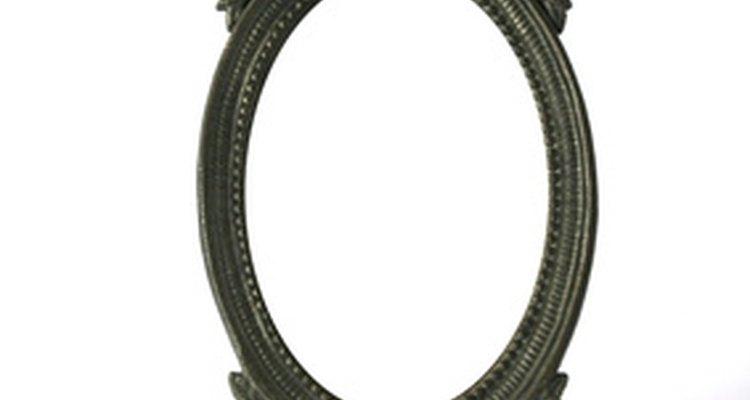 A Era Vitoriana continuou com a prática de cobrir os espelhos após a morte
