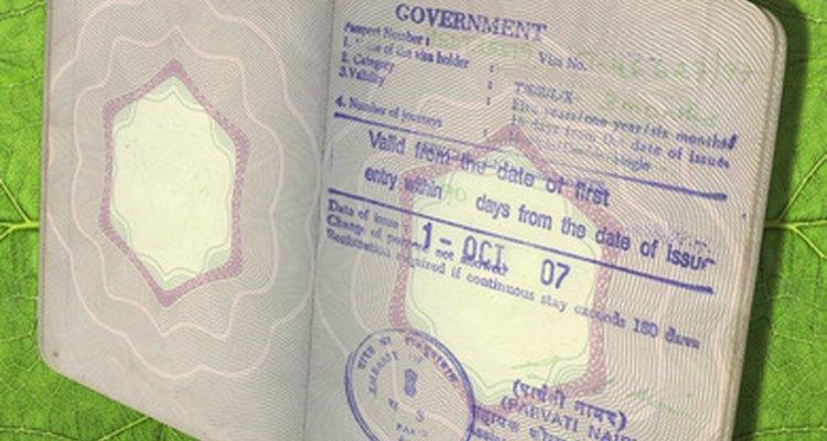 Presentar una carta de invitación puede facilitar tu entrada a un país extranjero.