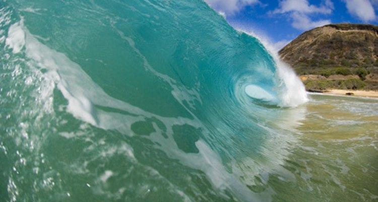 A temperatura média do Havaí é de 25ºC, variando muito pouco durante o ano